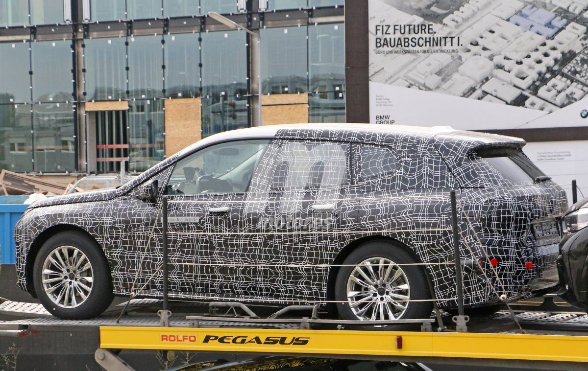 2020 BMW i6/iNEXT/iX8 56