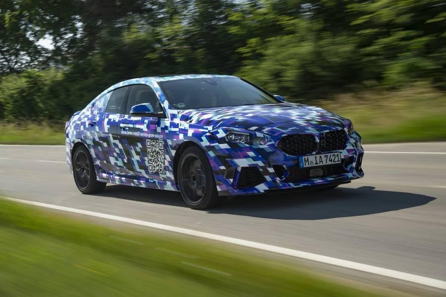 El nuevo BMW Serie 2 Gran Coupé se deja ver en fotos, aunque camuflado