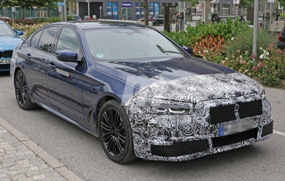 BMW Serie 5 (G30) LCI (2020) 21