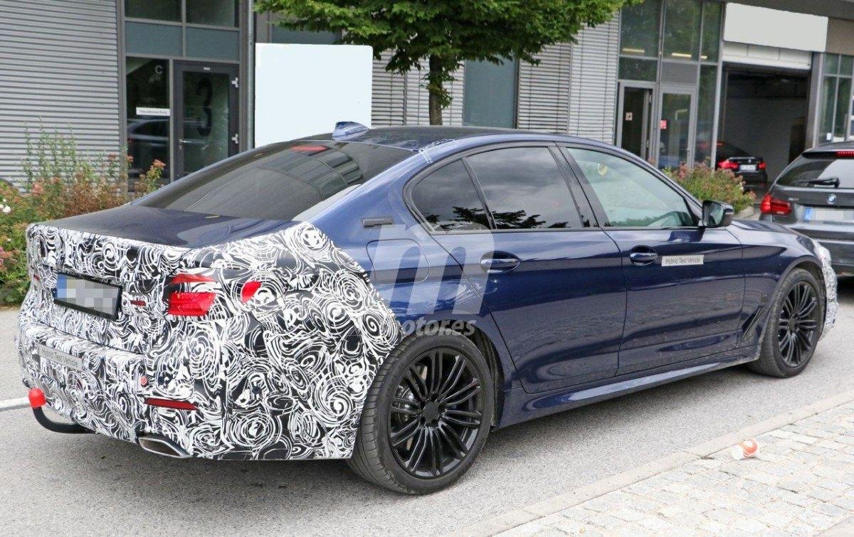 BMW Serie 5 (G30) LCI (2020) 24