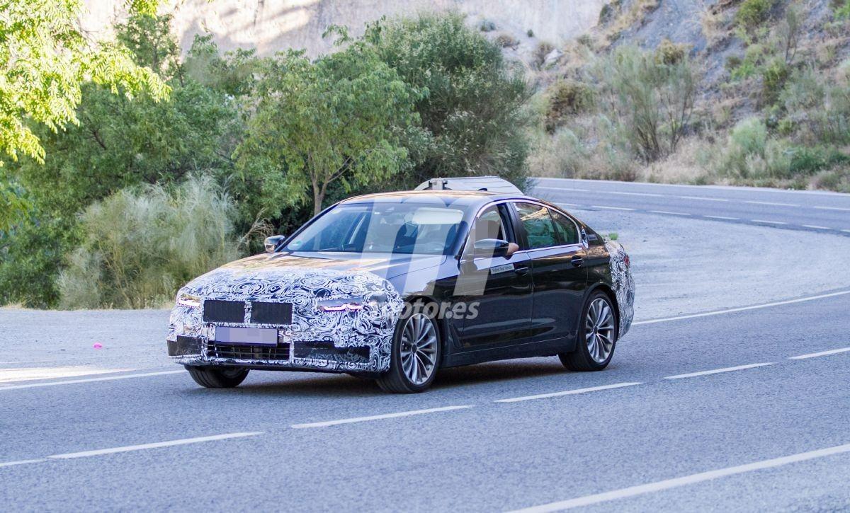 BMW Serie 5 (G30) LCI (2020) 29
