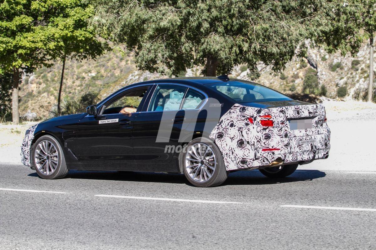BMW Serie 5 (G30) LCI (2020) 34