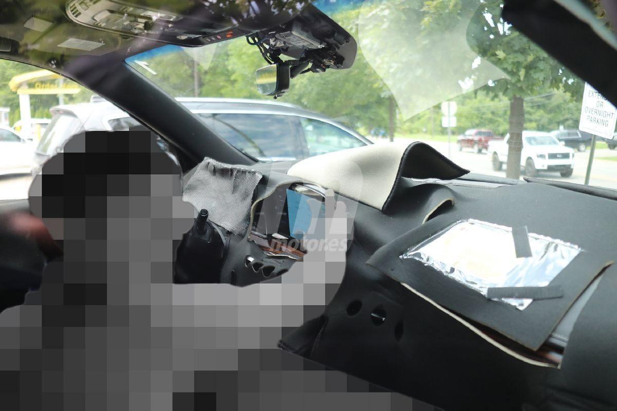 Asomate al interior del futuro Cadillac Escalade 2021