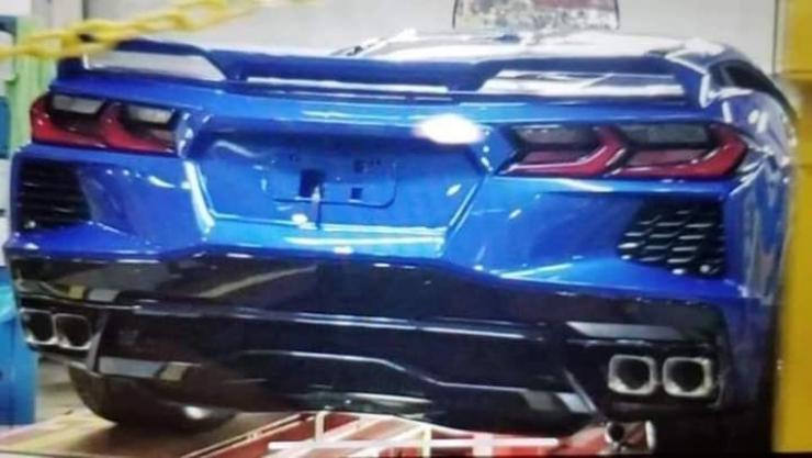 Filtrada la primera imagen del Chevrolet Corvette C8 al desnudo