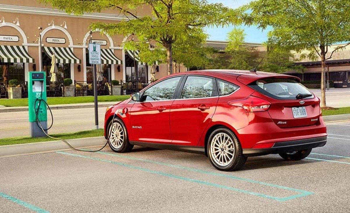 Ford lanzará un coche eléctrico en 2023 basado en la plataforma MEB de Volkswagen