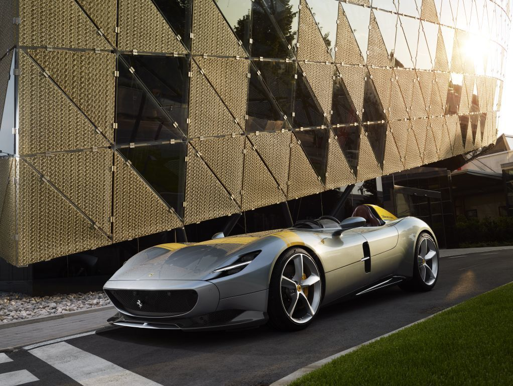 McLaren está desarrollando una barqueta rival del Ferrari Monza SP2