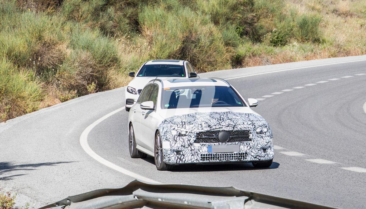 Nuevas fotos espía muestran el lavado de cara del Mercedes-AMG E 53 Estate