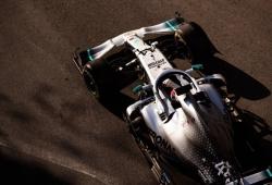 Mercedes admite que se equivocó al diseñar los radiadores del W10