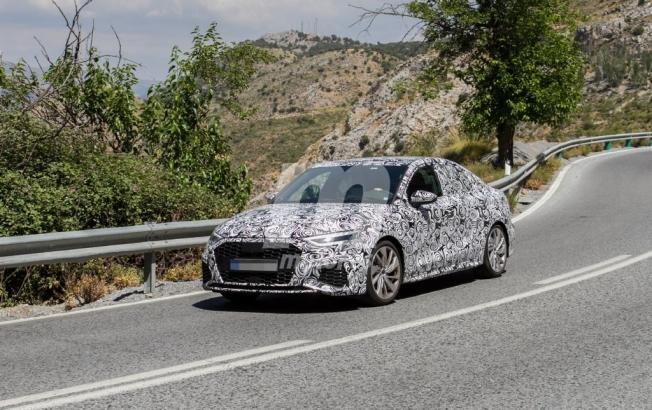 Audi A3 Sedán 2021 - foto espía