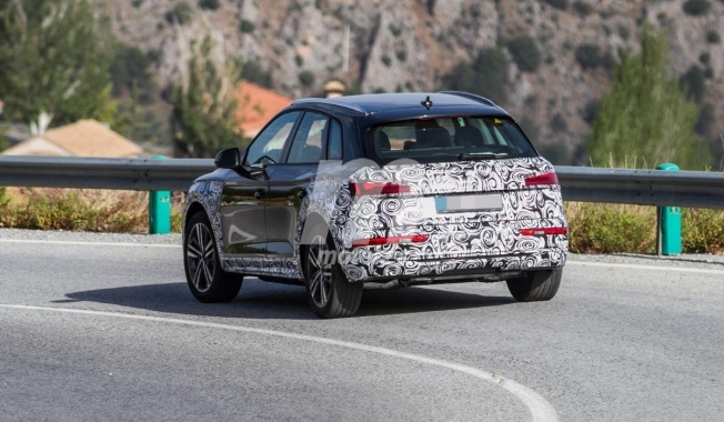 Audi Q5 2021 - foto espía posterior