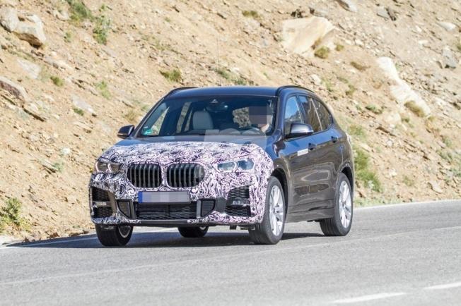 BMW iX1 - foto espía