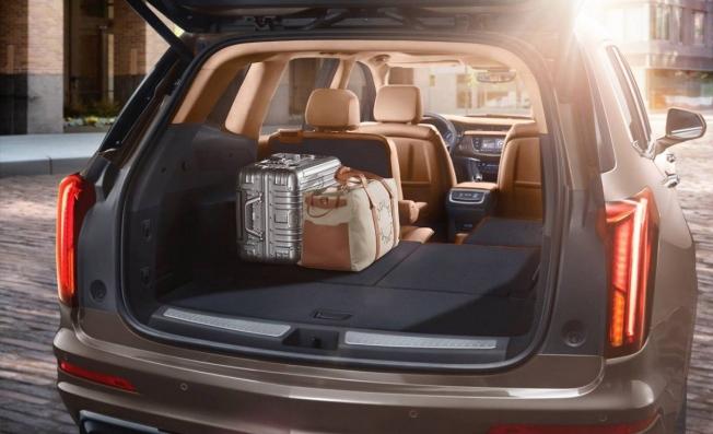 Cadillac XT6 2020 - maletero