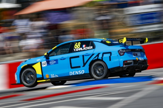 Norbert Michelisz gana en Vila Real y aprieta el WTCR
