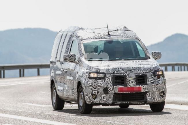 Dacia Dokker 2020 - foto espía frontal