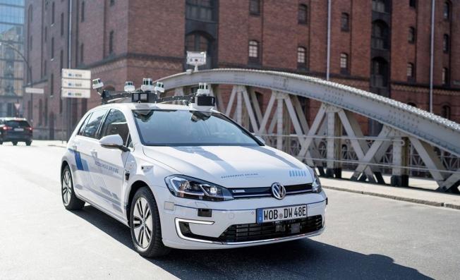 Coche autónomo de Volkswagen basado en el e-Golf