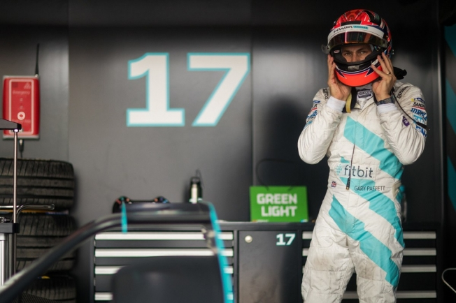 Paffett se ve como parte del proyecto de Mercedes EQ