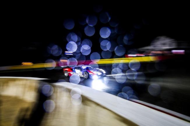 Gran botín para el Ferrari #72 de Molina en la noche de Spa