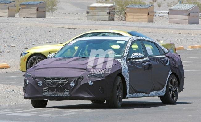 Hyundai Elantra 2020 - foto espía
