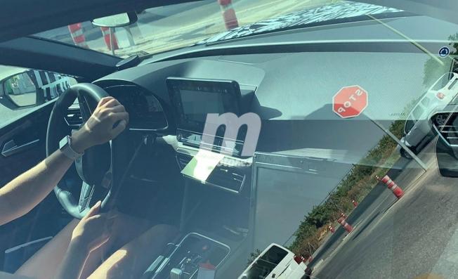 SEAT León 2020 - foto espía interior