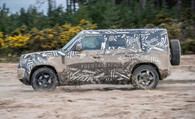 Land Rover Defender 2020 - lateral