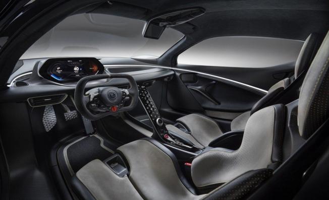 Lotus Evija - interior
