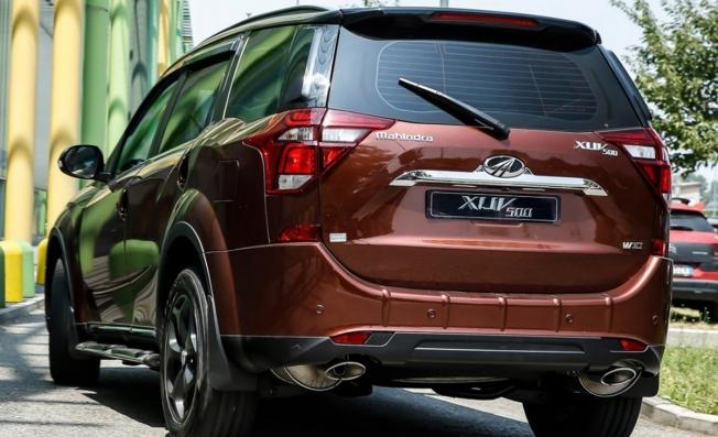 Mahindra XUV500 2020 - posterior