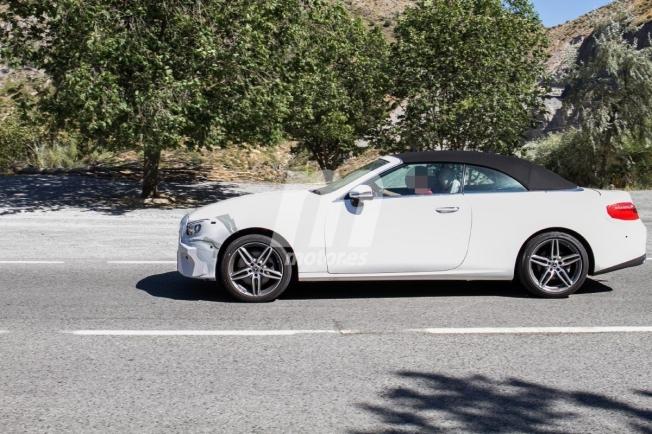 Mercedes Clase E Cabrio 2020 - foto espía lateral
