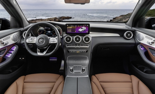 Mercedes GLC 2019 - interior