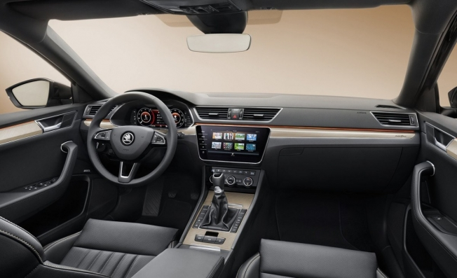Skoda Superb 2020 - interior