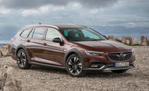 El Opel Insignia Country Tourer se marcha por la puerta de atrás