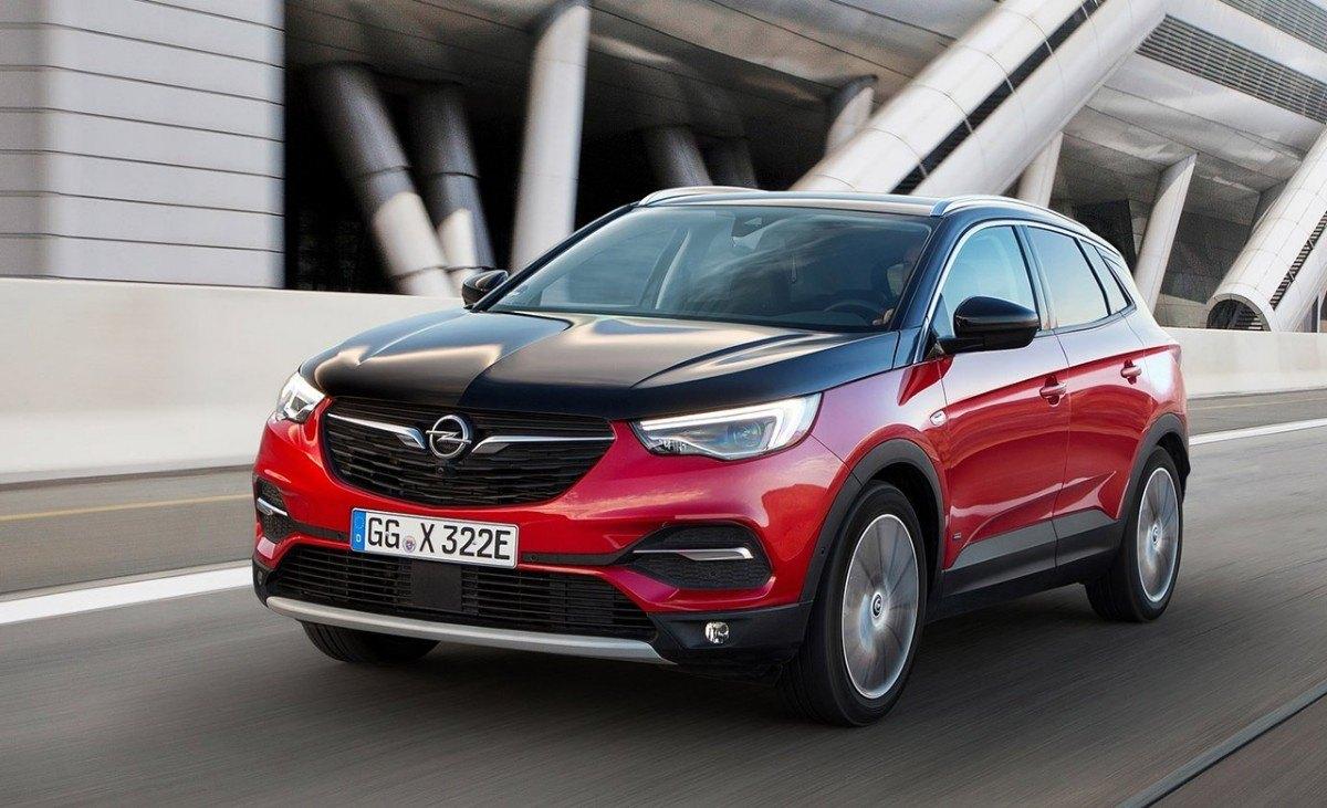 Precios del Opel Grandland X Hybrid4, irrumpe el nuevo SUV híbrido enchufable