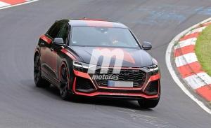 El esperado Audi RS Q8 estrena decoración a su paso por Nürburgring
