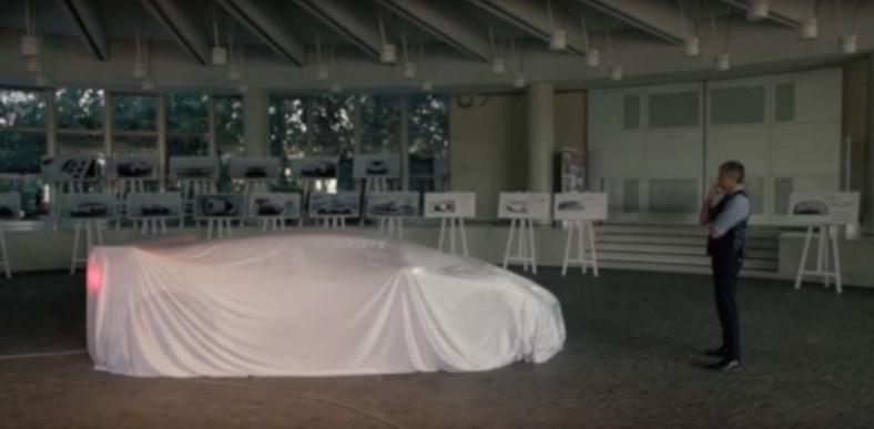 ¿Primera imagen del Bugatti homenaje al EB110 SS?