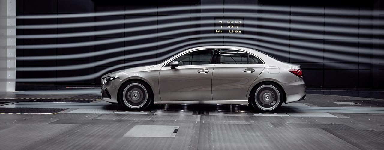 Prueba Mercedes Clase A Sedán 2019, elegancia en dimensiones compactas