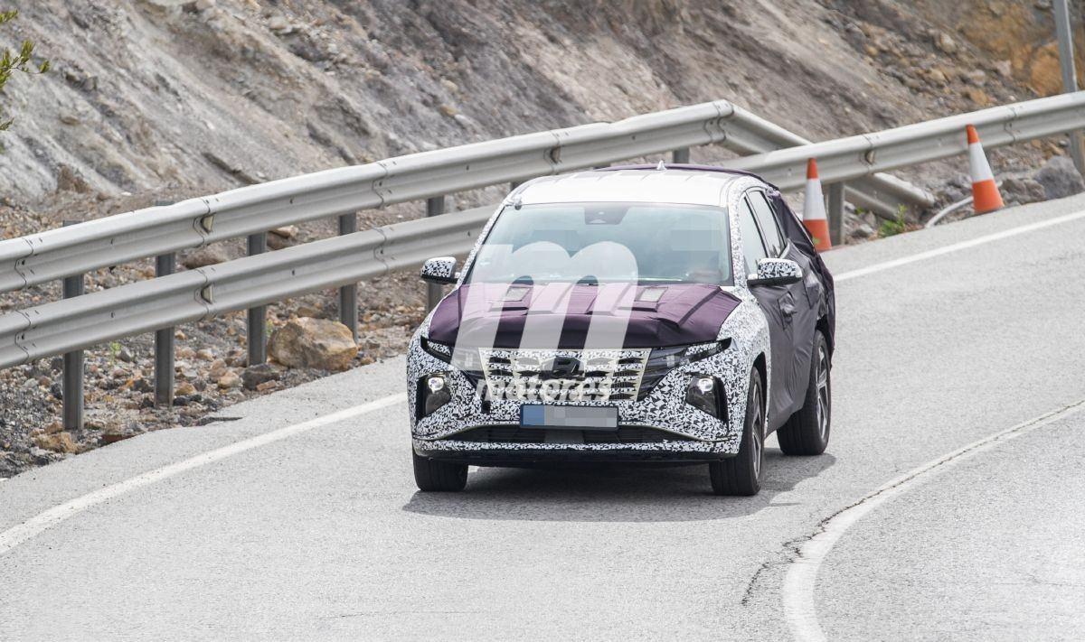 La nueva generación del Hyundai Tucson 2021 rueda con el frontal al descubierto