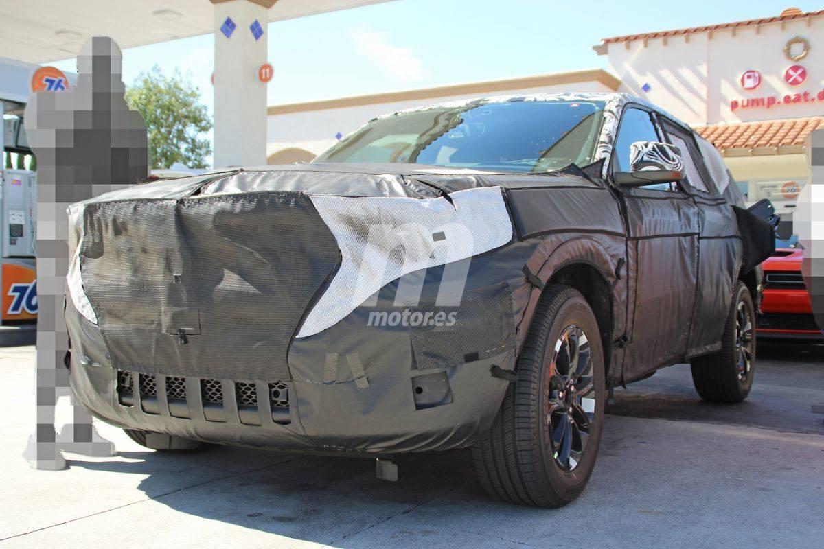 Los prototipos del futuro Jeep Grand Cherokee 2021 desde más cerca