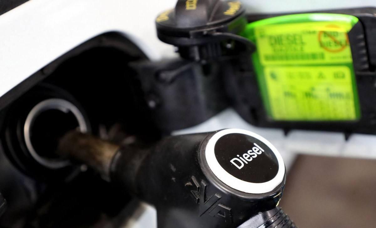 El diésel pierde peso en el renting de coches durante el último año