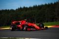 Leclerc arrasa a Vettel con una pole estratosférica
