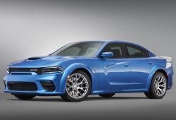 Dodge presenta el nuevo Charger SRT Hellcat Widebody Daytona 50th Anniversary