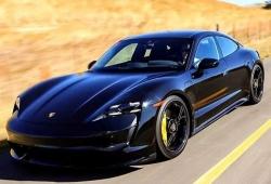 Nueva filtración del Porsche Taycan, el frontal del eléctrico al descubierto