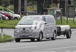 Volkswagen T7 2021: llegan las primeras fotos espía del nuevo comercial alemán