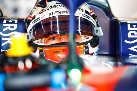 Nyck De Vries también entra en la escena de Mercedes EQ