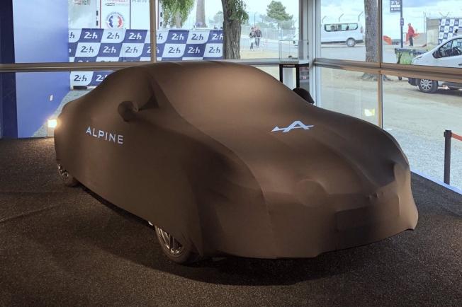 Primera imágen del nuevo Alpine A110 de rallies en pleno test