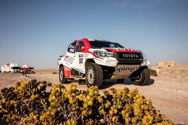 Alonso asegura que ha sido interesante escalar las grandes dunas de Namibia