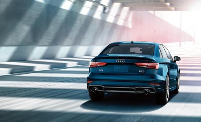 Audi A3 Sedán - posterior