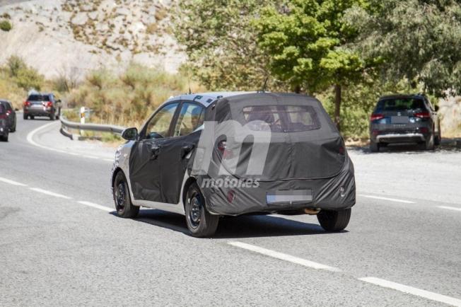 Hyundai i10 2020 - foto espía posterior