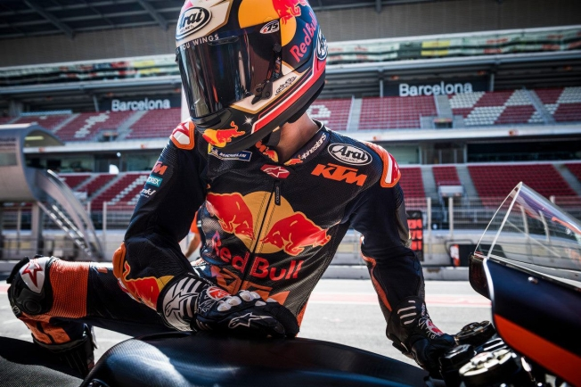 Con Zarco fuera de KTM, Pedrosa marca distancias