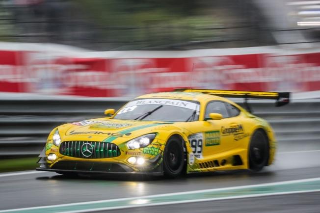 Mercedes-AMG separa a los líderes del IGTC en Suzuka