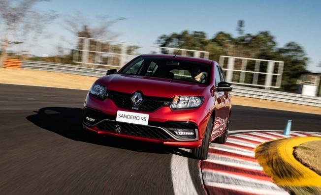 Renault Sandero RS 2020 - frontal