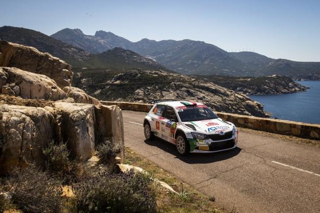 El Tour de Corse tiene pie y medio fuera del WRC